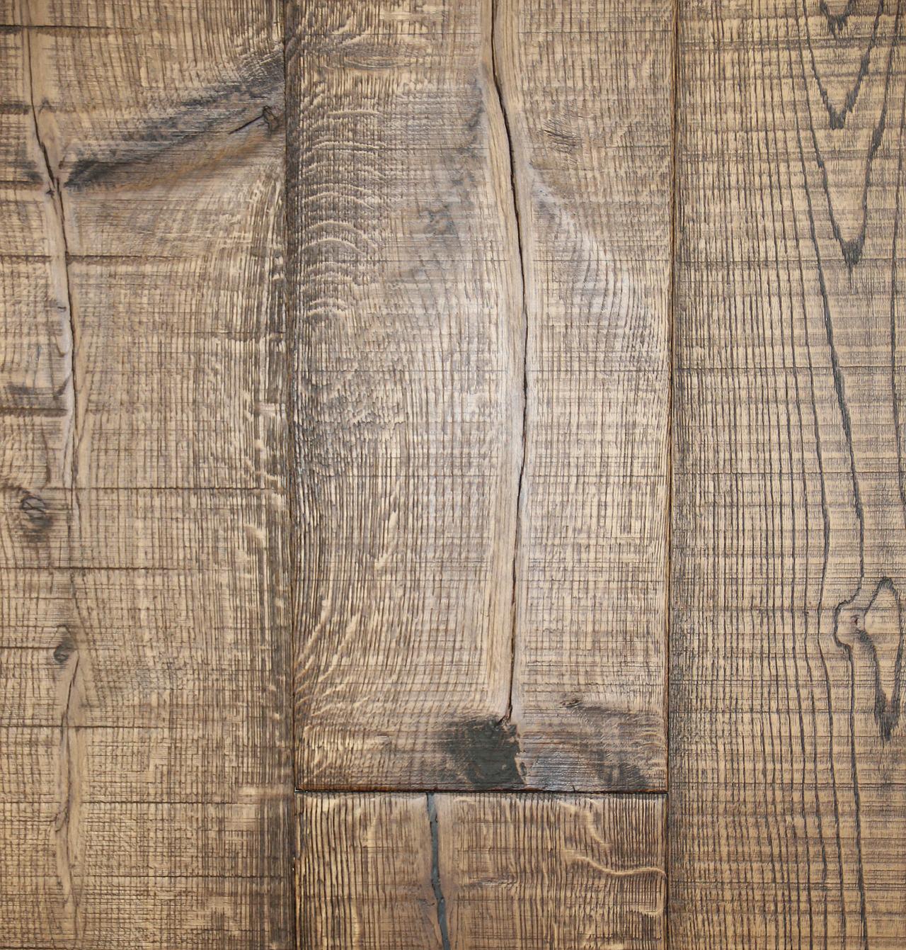 Vernissage de plancher de bois franc à Lavaltrie - Rénovation et Plancher Castilloux à Lavaltrie